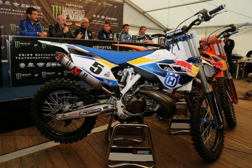 Husqvarna TC300 Factory Racing.